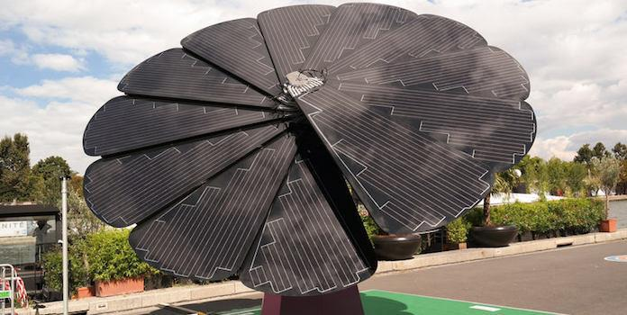 Smartflower solar technology