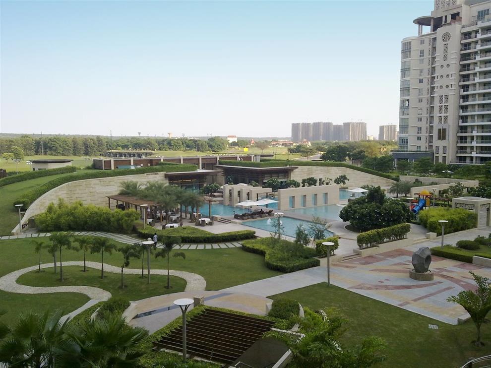 Hafeez Contractor Dlf Aralis Garden Delhi