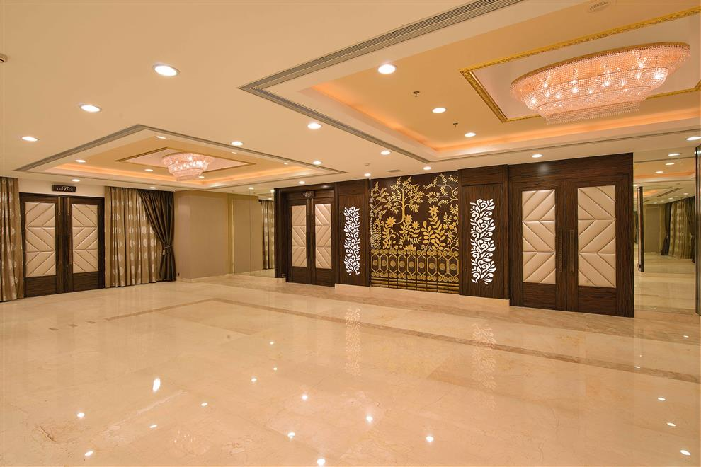 Ketan Sheth Interlink Banquets Crystal 3 Vidya Vihar