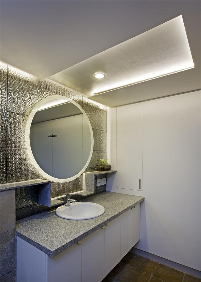 Frame House Bathroom Bangalore By Gaurav Roy Choudhury