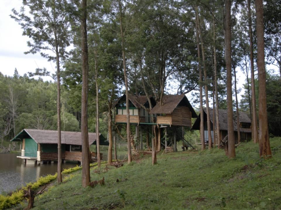 Gayathri Shetty And Namith Verma Gorukana Eco Tourism