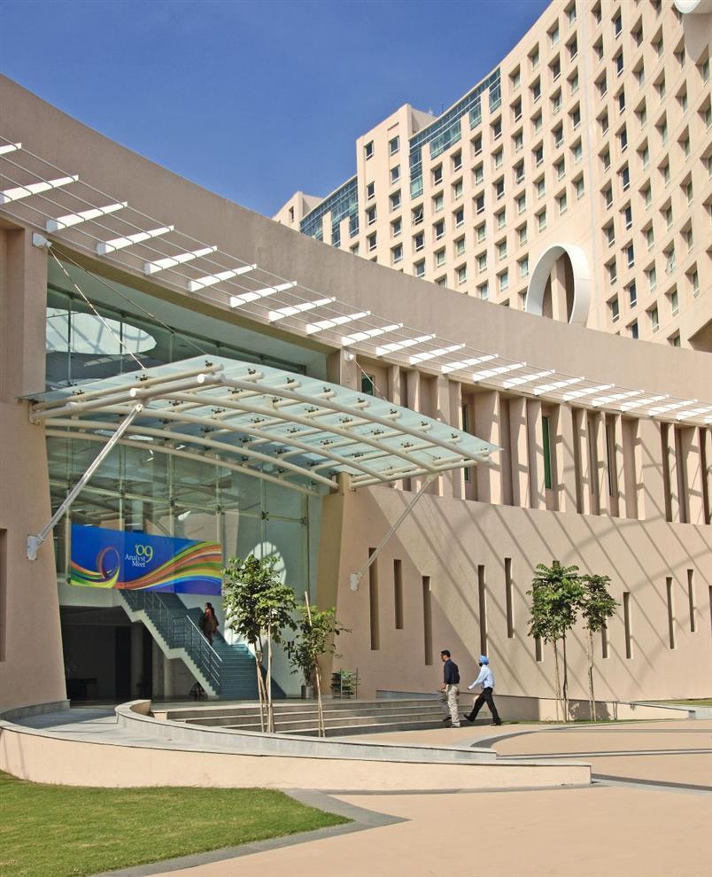 Hafeez Contractor Infosys Pune