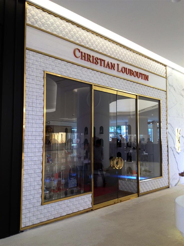 christian louboutin outlet bangkok