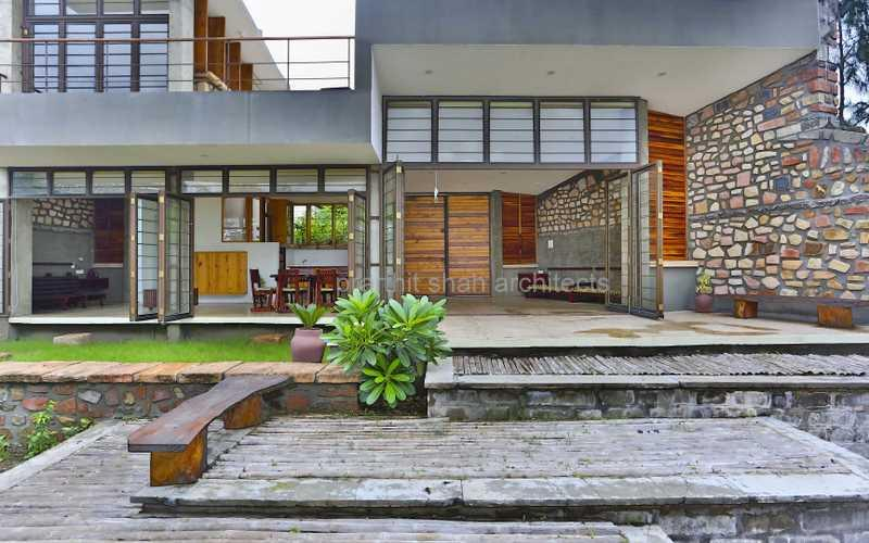 Villa Aaranyak Farmhouse Design In India Landscape Design Villa Aaranyak By Prarthit