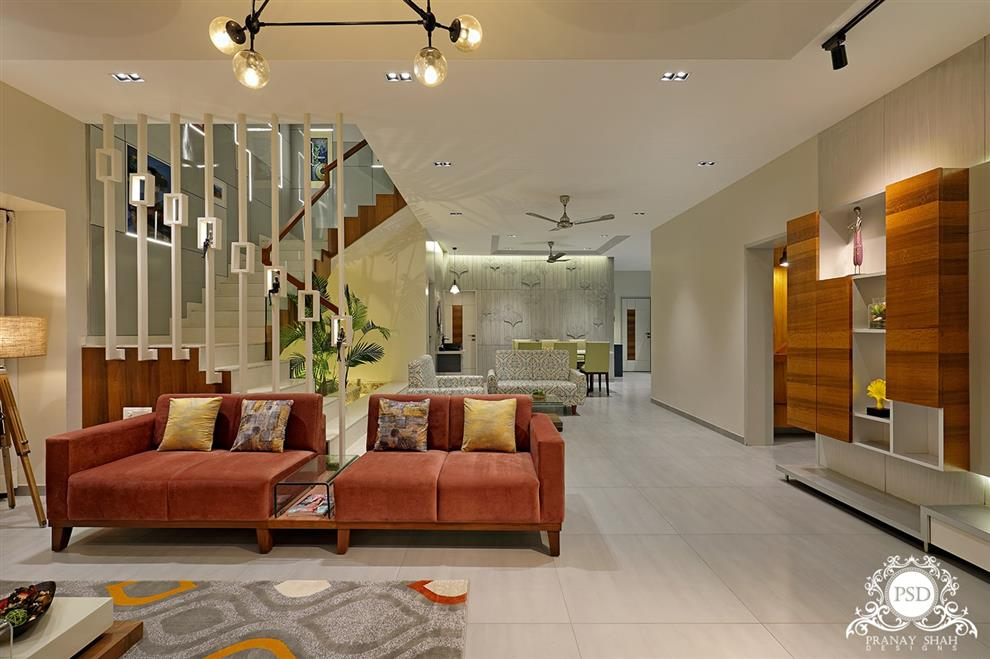 Bungalow Living Room By Pranay