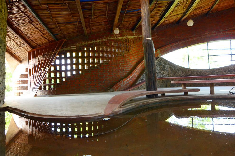 Istudio Architecture Brick House Reflections Of Brick